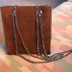 NWOT Zara suede handbag with chain